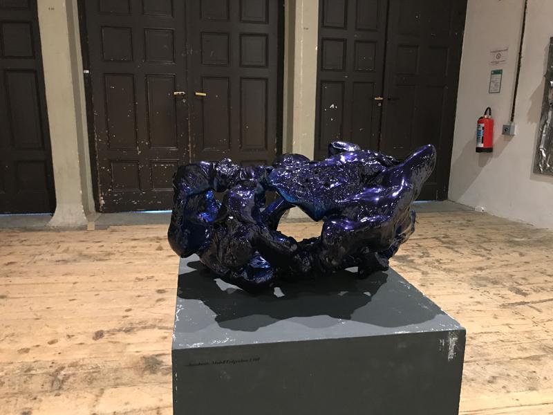 DROMOLOGIE Sculpture 80 x 66 x 42 cm Wood Carbon Epoxy resin Car paint metallic glossy