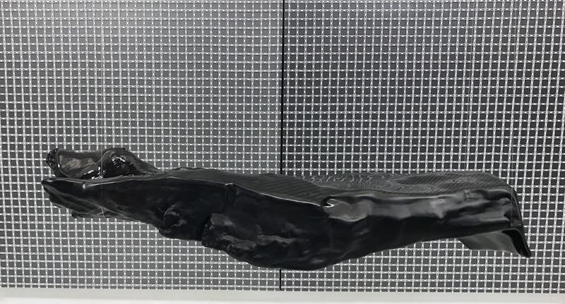 STARDUST Skulptur : 91 x 32 x 23 cm Holz Carbon Epoxidharz Autolack schwarz metallic/ matt/ glänzend