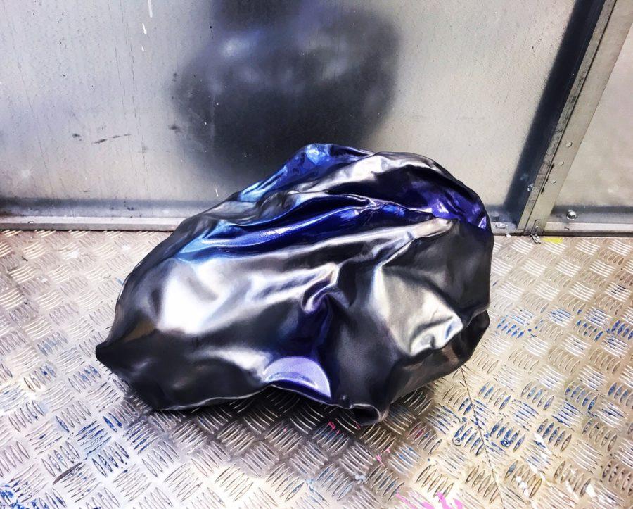 COMET Sculpture 64 x 42 x 30 cm Composite Carbon Epoxy resin Car paint metallic glossy